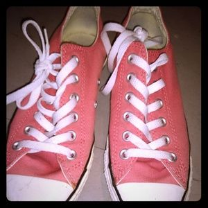 Peach Pink-ish Low-Top Converse